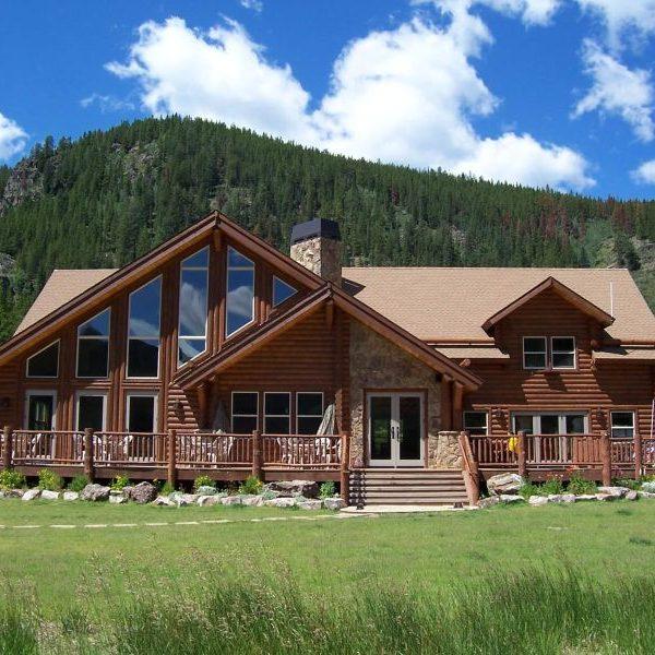 nova-guides-lodge-summer